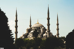 Blue Mosque - Sultan Ahmet Camii - Istanbul - Turkey (TLMELO) Tags: newmosque istanbul turkey turquia istambul mesquitanova yenicami faith fé pray reza islã islão islam alcorão quran koran sanctasophia sanctasapientia