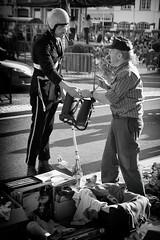 Contrôle de gendarmerie !!! (Des.Nam) Tags: nb noiretblanc nordpasdecalais nord noirblanc bw blackwhite monochrome mono street streetphotographie desnam pentax k10 steenvoorde brigadier brocante personnes people