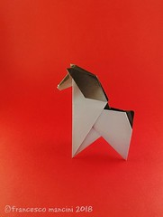 Simple horse (mancinerie) Tags: origami papiroflexia paperfolding papierfalten francescomancini mancinerie horse origamihorse