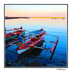 traditional wooden boats (harrypwt) Tags: harrypwt borders framed canons95 s95 paintinglike coastal waters reflections boats people manila philippines