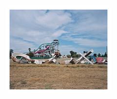 (iconicturn) Tags: california sierra usa unitedstates america analog analogue film mediumformat 120 6x7 kodak ektar mamiya7 mamiya amusementpark water park abandoned