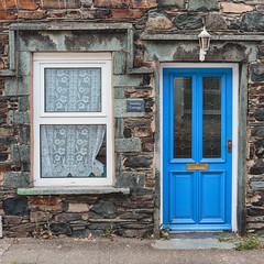 Blue Door (grobigrobsen) Tags: door street unitedkingdom england lakedistrict travel portinscale keswick urban village blue brick