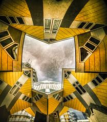 Rotterdam, kubushuizen (Luc Mercelis) Tags: rotterdam sonyilce7 minoltaprimelens20mm