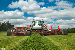 Reiter RESPIRO R9 'Profi' pick-up belt rake (martin_king.photo) Tags: springwork springwork2018 silage silage2018 fendt reiter reiterrespiror9 reiterrespiro belt rake inaction action first today outdoor machine sky martin king photo agriculture machinery machines tschechische republik powerfull power dynastyphotography lukaskralphotocz agricultural great day czechrepublic fans work place tschechischerepublik martinkingphoto welovefarming working modern landwirtschaft colorful colors blue photogoraphy photographer canon love farming daily onwheels farm skyline worker field green clouds bluesky new cloudy grass