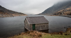 Ogwen Boat House (DAWPhotog) Tags: boathouse boat house lake mountains leadinglines composition mood drama longexposure water moody mist cloud haze wales cymru snowdonia tones light shadows travel hiking walking adventure roadtrip