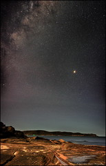 Mars Rising (GTV6FLETCH) Tags: milkyway mars stars nightphotography cyvariosonnar3570f34t zeiss3570mm34 zeiss zeiss3570mm zeisscontax357034 panorama pearlbeach nsw canon centralcoast canoneos5dsr 5dsr 5dsrcanon