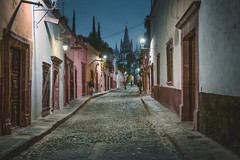 cobblestone alley (bugeyed_G) Tags: sanmigueldeallende mexico alley historic street tourism travel night unesco worldheritagesite hispanic colonial predawn