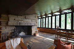 Living room and dining area at Lovness guest cottage (Thompson Photography) Tags: donald virginia lovness estate franklloydwright architect 1955 stillwater minnesota mn northwestarchitecturalarchives benefit openhouse july 2018 71818