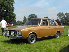 Hillman Hunter - TDP 692M (3) (Andy Reeve-Smith) Tags: tdp692m hunter arrow rootes hillman lutonfestivaloftransport lutonfestivaloftransport2018 festivaloftransport 2018 stockwoodpark luton bedfordshire beds