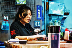 Tokyo - Tsukiji 26_04_18 (Alessandro Dozer Fondaco) Tags: tokyo giappone japan tsukiji mercato pesce fish market street photography sushi makizushi maki cibo food lavorare lavoro work job viaggiare travel