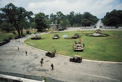 GA622490_06 (ghostanddark2003) Tags: palace|tank|north vietnam army|vietnamese army|color photo|color|acquittal|release|archive material|archives|presidential palace|presidential palate|presidential residence hochiminhcity