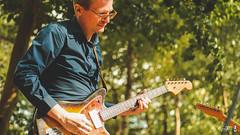 maureens-clip-2018-13 (Eleven Monkeys) Tags: maureens music forest people guitar
