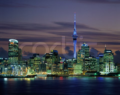 CRB003358 (Dunkenchest) Tags: city travel newzealand skyscraper polynesia evening harbor twilight dusk skylines nobody auckland pacificocean northisland skytower marinescenes urbanscenes observationpoint pacificislands broadcasttower southpacificocean aucklandharbour newzealandislands