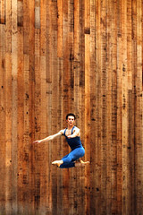 Extension (aqui-ali) Tags: show sanfrancisco california ca wood usa topf25 outdoors performance dancer tights fv5 event leap sterngrove sanfranciscoballet aquiali:a=1