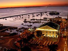 Lights On (alves filho) Tags: ocean sunset pordosol brasil night marina boats lights mar bahia salvador luzes mercadomodelo interestingness6 i500 fortesaomarcelo