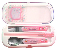 Hello Kitty strawberry utensil set (pkoceres) Tags: pink japan lunch strawberry hellokitty fork spoon sanrio chopstick bento utensil        boughtonebay    hellokittystrawberry