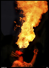 20060909 (Giandomenico Ricci) Tags: hot fire insane action skills flame joker adrenaline thrills fuoco firebreather stopaction firestarter giocoliere 3ofakind