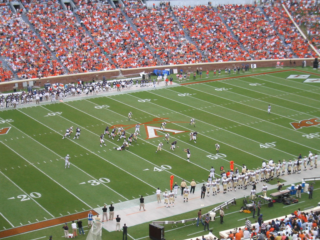 UVA v. Western Michigan: Driving Up the Field