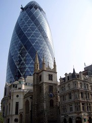 30 St Mary Axe aka The Gerkin (.Martin.) Tags: city uk greatbritain england building london glass st 30 skyline architecture modern skyscraper buildings office cool architechture europe erotic unitedkingdom britain mary thecity 2006 norman september foster normanfoster marys axe trips architects gherkin eroticgherkin architeture 30stmaryaxe gerkin londonopenhouse daytrip thegherkin partners morden cityoflondon swissretower stmaryaxe the swissrebuilding squaremile fosterpartners fosterandpartners martinpearce
