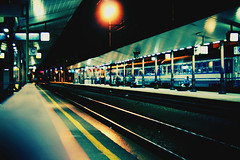 Udine Railway Station [cross processed] (Robin UD) Tags: rail rails udine railwaystation railway canon 350d canon350d train trains melapela pierofix