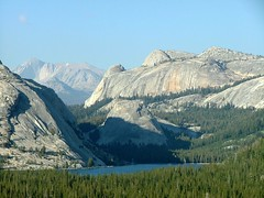 Yosemite National Park (ribizlifozelek) Tags: california ca lake forest view yosemite yosemitenationalpark kalifornia kilatas tenayalake tav vcv aplusphoto vogonpoetry vogon100