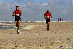 Zeeuwse kustmarathon 2006  EW_046 (Eddy Westveer) Tags: strand marathon zeeland walcheren zeeuwse oostkapelle westveer eddywestveer kustmarathon marathonzeeland marathonzeeland2006 zeeuwsekustmarathon 2006eddy wwweddywestveercom