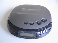 Discman (mpolla) Tags: portable cd sony cdplayer discman cdsoitin