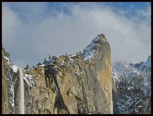 horský štít zasěńěžený