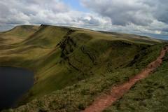 A Path With a View (RoystonVasey) Tags: canon eos m 1855mm stm zoom wales brecon beacons bbnp parc cenedlaethol bannau brycheiniog y mynydd du black mountain camarthen fan