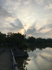 Lake side in university 清大 (光輝蘇) Tags: 清大 university morning kk