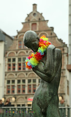 IMG_0451hh (Defever Photography) Tags: brondergeknielden georgesminne rainbow monument ghent belgium bronze fountain
