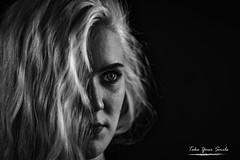 Blue Eyes (timothydetournay) Tags: black withe belguim bx bw nikon lightroom nophotoshop blond hair girl night nice fun try portrait studio light regard smile blackwhite
