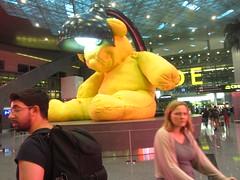 Hamed International Airport, Doha, Qatar  2018,  Bear (d.kevan) Tags: qatar doha hamedinternationalairport airports people atriums bears sculptures animals