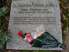 Highgate 07: Claudia Vera Jones (W i l l a r d) Tags: highgate cemetary friedhof cimiterio cemitério london