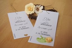 Floral Wedding sign - Bride & Groom (CartaForbiciGatto) Tags: floral wedding sign bride groom dnd cartello matrimonio sposi sposa sposo handmade fatto mano fiori di carta paper flowers decor decorazioni photo idea