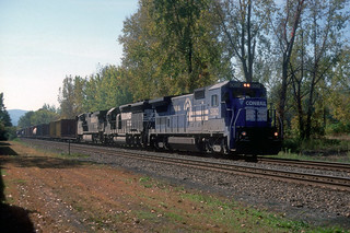 CR B40-8 5082, NS SD40-2 6150 and C44-9W north bound at MP55 in Newburgh NY