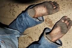 dirty city feet 608 (dirtyfeet6811) Tags: feet soles barefoot dirty feet2 dirtyfeet dirtysoles blacksoles cityfeet