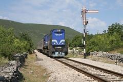 2044 015 (Drehstromkutscher) Tags: hz hrvatske železnice railway railfanning railways railroad train trainspotting trains eisenbahn zug emd putnik class 2044