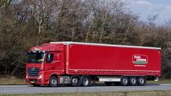 AV27179 (18.04.04, Motorvej 501, Viby J)DSC_4147_Balancer (Lav Ulv) Tags: 244465 mercedesbenz actros actros2551 actros963 2015 frodelaursen persørensen persørensengedsted red 6x22 euro6 e6 kronetrailer curtainside gardintrailer planentrailer drivernielsmj truck truckphoto truckspotter traffic trafik verkehr cabover street road strasse vej commercialvehicles erhvervskøretøjer danmark denmark dänemark danishhauliers danskefirmaer danskevognmænd vehicle køretøj aarhus lkw lastbil lastvogn camion vehicule coe danemark danimarca lorry autocarra motorway autobahn motorvej vibyj highway hiway autostrada trækker hauler zugmaschine tractorunit tractor artic articulated semi sattelzug auflieger trailer sattelschlepper