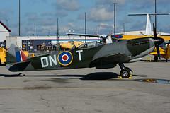 RAF TE214 / DN.T (CWHM - Spitfire) (Steelhead 2010) Tags: cwhm canadianwarplaneheritagemuseum supermarine spitfire re214 yhm