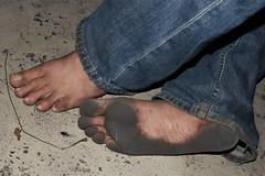 dirty city feet 572 (dirtyfeet6811) Tags: feet sole barefoot toes dirtyfeet dirtysole blacksole filthytoes cityfeet