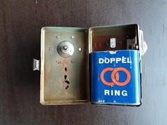 Doppelring (QQ Vespa) Tags: taschenlampe flachbatterie batterie vintage classic flashlight 45v