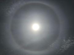 22° Solar Halo (Noel Blaney) Tags: clouds sky sun icecrystals halo solarhalo