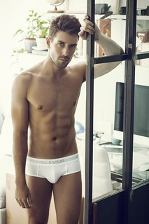 Anthony Lorca by Walter Aguirre for Clever Moda