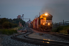 NS 7297 - Tolono, Illinois (backlitkid) Tags: ns7297 illinois trains train norfolk southern freight signals manifest
