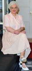 Ingrid027112 (ingrid_bach61) Tags: pleatedskirt faltenrock buttonthrough durchgeknöpft blouse bluse mature