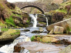Three Shires Head 2 (lesleydugmore) Tags: peakdistrict derbyshire england britain uk europe outside outdoor peaknationalpark rock stone bridge waterfalll green