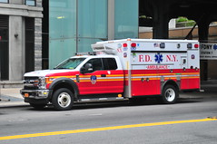 FDNY EMS Ambulance 1257 (Triborough) Tags: ny nyc newyork newyorkcity newyorkcounty manhattan chelsea fdny newyorkcityfiredepartment firetruck fireengine fdnyems ems ambulance ford fseries f450 wheeledcoach