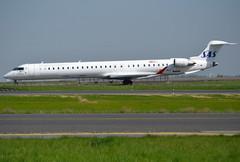 "EC-MLC, Bombardier CRJ-1000 (CL-600-2E25), c/n 19048, SAS Scandinavian Airlines, leased by Air Nostrum, ""Emilio Serratosa"", CDG/LFPG 2018-04-21, taxiway Bravo-Loop. (alaindurandpatrick) Tags: ecmlc crj1000 canadairregionaljet bombardierinc bombardiercrj1000 cn19048 jetliners airliners sk sas scandinavian sasscandinavianairlines airlines leasedaircrafts airnostrum cdg lfpg parisroissycdg airports aviationphotography"
