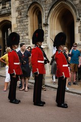 Windsor Castle Guards (gary8345) Tags: 2018 uk unitedkingdom greatbritain britain england windsor windsorcastle castle royalcastle royalpalace soldier soldiers guard guards guardsman guardsmen snapseed